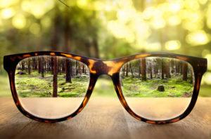 Ile kosztują okulary dla daltonistów? Czy każdy może je nosić?